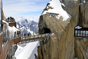 Viewing platforms and walkways, Aiguille du Midi, Mont Blanc Massif, Chamonix, Haute Savoie, French Alps, France, Europe