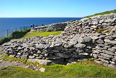 Dunbeg Promontory Fort, Slea Head Drive, Dingle Peninsula, Wild Atlantic Way, County Kerry, Munster, Republic of Ireland, Europe