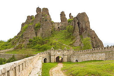 Kaleto fortress and rock formations, Belogradchik, Bulgaria, Europe