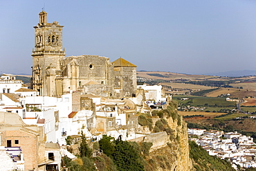 San Pedro cathedral, Arcos de la Frontera, one of the white villages, Andalucia, Spain, Europe