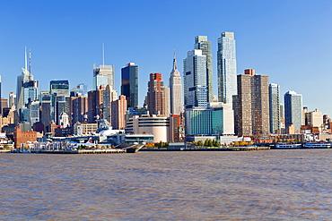 View of Midtown Manhattan across the Hudson River, Manhattan, New York City, New York, United States of America, North America