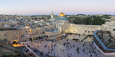 Jewish Quarter of the Western Wall Plaza, with people praying at the Wailing Wall, Old City, UNESCO World Heritage Site, Jerusalem, Israel, Middle East