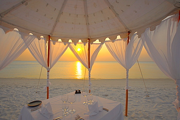 Dinner at the beach, Maldives, Indian Ocean, Asia