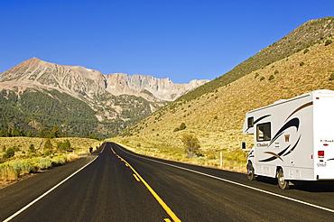 Tioga Road/Big Oak Flat Road National Scenic Byway into Yosemite National Park, California, United States of America, North America