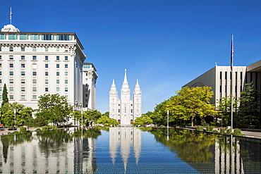 Salt Lake Temple, Temple Square, Salt Lake City, Utah, USA.