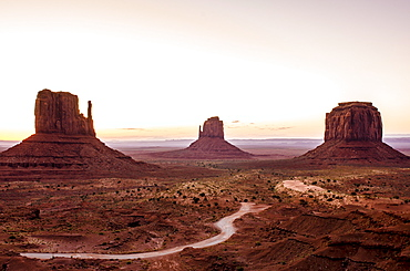 Monument Valley Navajo Tribal Park, Monument Valley, Utah, United States of America, North America