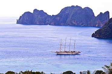Clipper ship at Ko Phi Phi Island in the Andaman Sea, Thailand, Southeast Asia, Asia
