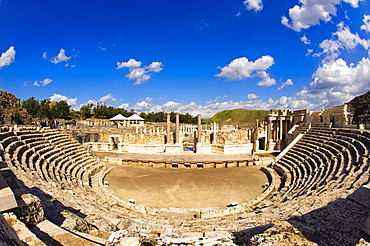 Ruins of Decapolis city of Scythopolis, Bet She'an National Park, Israel, Middle East