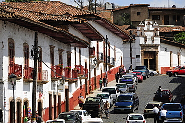 Mexico, Michoacan, Patzcuaro, Street scene.