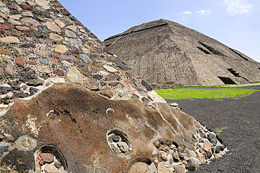 Mexico, Anahuac, Teotihuacan, Detail of pyramid in foreground of Pyramid del Sol.