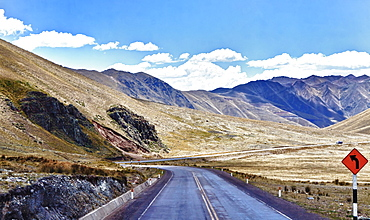 Peru, Puno, Road going up to Abra La Raya at 14 000 feet.