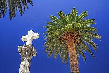 Spain, Extremadura, Caceres, Stone cross detail.