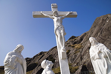 Ireland, County Cork, Beara Peninsula, Religious statue at the Healy Pass.