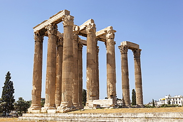 Greece, Attica, Athens, Temple of Olympian Zeus.