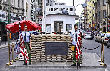 Germany, Berlin, Checkpoint Charlie, US Army checkpoint and guardhouse reconstruction at the former crossing point between East and West Berlin.