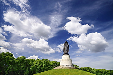 Germany, Berlin, Treptower Park, Sowjetisches Ehrenmal, Soviet War Memorial.