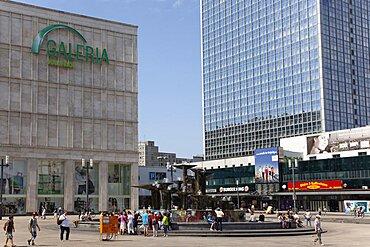 Germany, Berlin, Mitte, Fountain in Alexanderplatz.