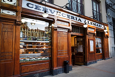 Spain, Madrid, Cerveceria Alemana bar on Plaza de Santa Ana.