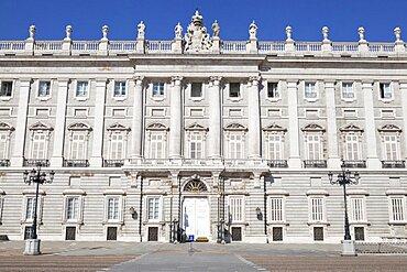 Spain, Madrid, exterior of the Palacio Real.