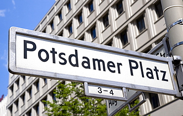Germany, Berlin, Mitte, Potsdamer Platz street sign.