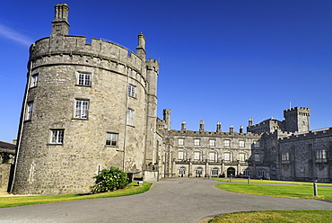 Ireland, County Kilkenny, Kilkenny, Kilkenny Castle, View of the east side.