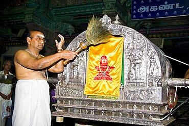 Evening procession carrying Shiva to bedroom of Meenakshi, Meenakshi Temple, Madurai, Tamil Nadu, India