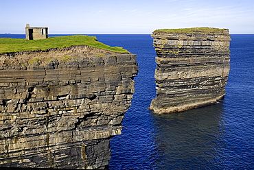 IRELAND, County Mayo, Downpatrick Head, Dún Briste Broken Fort is an impressive sea stack at the headland Standing 50 meters 164 feet high, Dún Briste was once part of the mainland, and connected to it by a sea arch