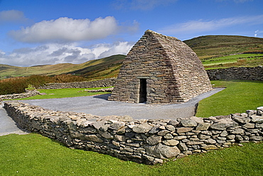 IRELAND, County Kerry, Dingle Peninsula, Gallarus Oratory built by early Christian farmers between the 6th and 9th centuries