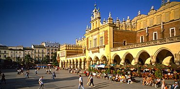 POLAND  Krakow Rynek Glowny or Grand Square and the sixteenth century Renaissance Cloth Hall lined with busy cafes.