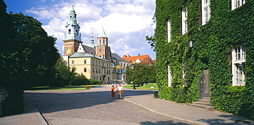POLAND  Krakow Wawel Castle and Cathedral
