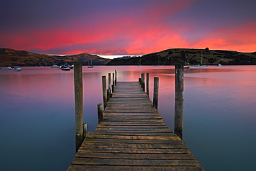 Sunrise over Akaroa harbour, Banks Peninsula, South Island, New Zealand, Pacific - 799-150