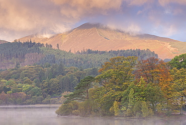 Autumn foliage on the banks of Derwentwater at dawn, Lake District National Park, Cumbria, England, United Kingdom, Europe