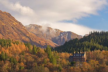 The luxurious five star Glencoe House Hotel surrounded by dramatic mountain scenery, Glencoe, Scotland, United Kingdom, Europe