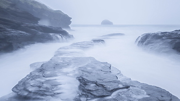 Stormy winter conditions at high tide, Trebarwith Strand, Cornwall, England, United Kingdom, Europe