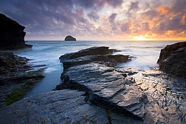 Trebarwith Strand and Gull Rock at sunset, Cornwall, England, United Kingdom, Europe