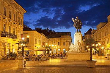Klauzal Square at dusk, Szeged, Southern Plain, Hungary, Europe