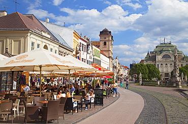 Outdoor cafes in Hlavne Nam (Main Square), Kosice, Kosice Region, Slovakia, Europe