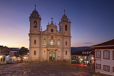 Metropolitan Cathedral of St Antony at sunset, Diamantina, UNESCO World Heritage Site, Minas Gerais, Brazil, South America