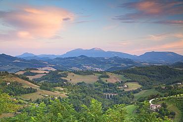 Countryside around Urbino, Le Marche, Italy, Europe