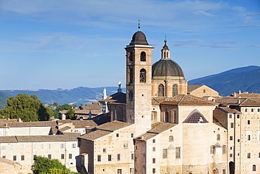 View of Duomo (Cathedral), Urbino, UNESCO World Heritage Site, Le Marche, Italy, Europe