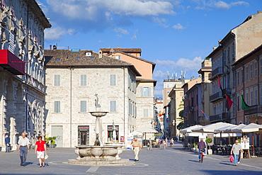 Piazza Arringo, Ascoli Piceno, Le Marche, Italy, Europe