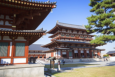 Main Hall at Yakushiji Temple, UNESCO World Heritage Site, Nara, Kansai, Japan, Asia