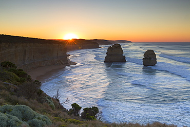 Twelve Apostles at dawn, Port Campbell National Park, Great Ocean Road, Victoria, Australia, Pacific