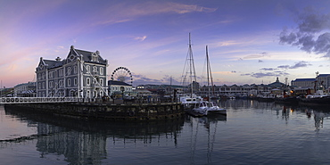 Victoria and Alfred Waterfront, (V and A Waterfront) (The Waterfront) at dawn, Cape Town, Western Cape, South Africa, Africa
