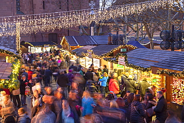 Christmas Market at dusk, Mainz, Rhineland-Palatinate, Germany, Europe