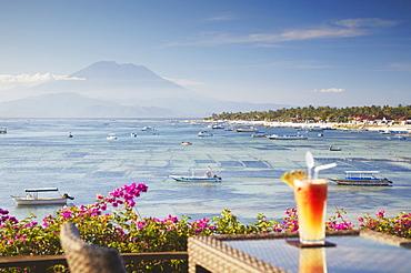 Bar overlooking Jungutbatu beach, Nusa Lembongan, Bali, Indonesia, Southeast Asia, Asia