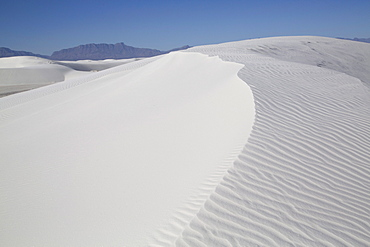 White Sands National Monument, world's largest gypsum dunefield, New Mexico, United States of America, North America