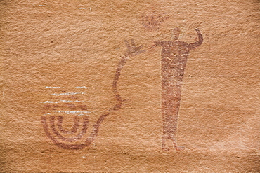 Buckhorn Wash Pictograph Panel, with snake symbol and human, Barrier Canyon Style, dating from 2000 BC to 1 AD, San Rafael Swell, Utah, United States of America, North America