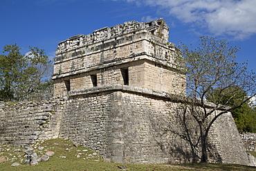 The Red House, Casa Colorado, Chichen Itza, UNESCO World Heritage Site, Yucatan, Mexico, North America
