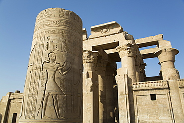 Pillar with bas-relief, Forecourt, Temple of Haroeris and Sobek, Kom Ombo, Egypt, North Africa, Africa